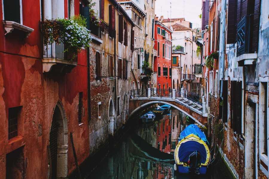 Bus2Alps AG Rome 2 Venice & Verona