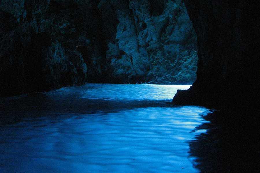 Sugaman Tours Blue Cave & Hvar Tour - Viator Lunch