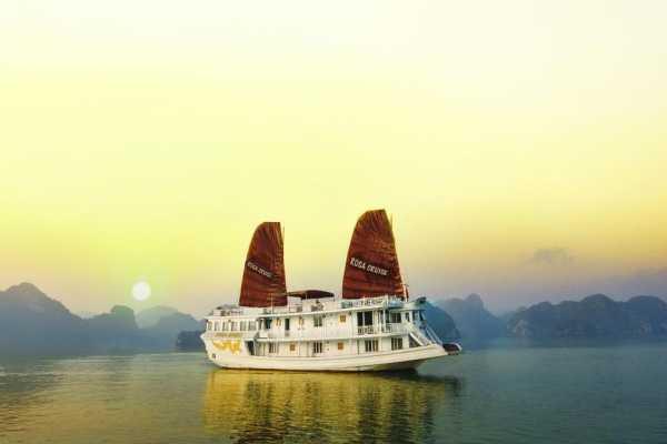 Vietnam 24h Tour Rosa Cruise 3D2N