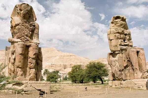 Marsa alam tours Tagesausflug von Kairo nach Luxor mit dem Flug