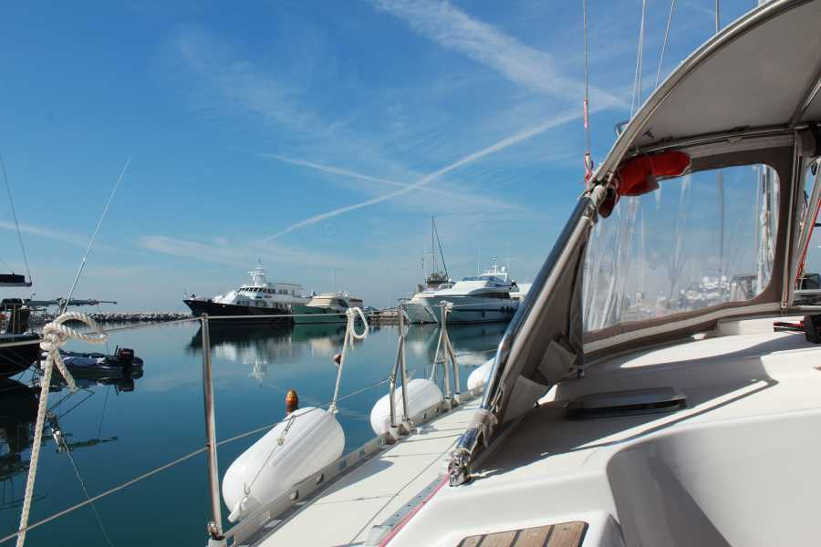 Grekaddict Thessaloniki Sailing Tour