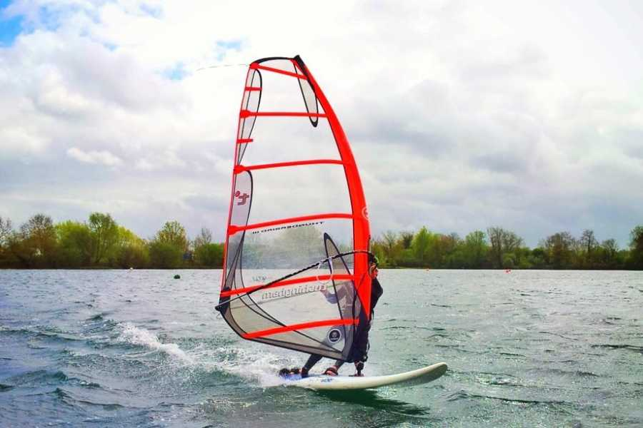 South Cerney Outdoor Pay & Play Windsurf