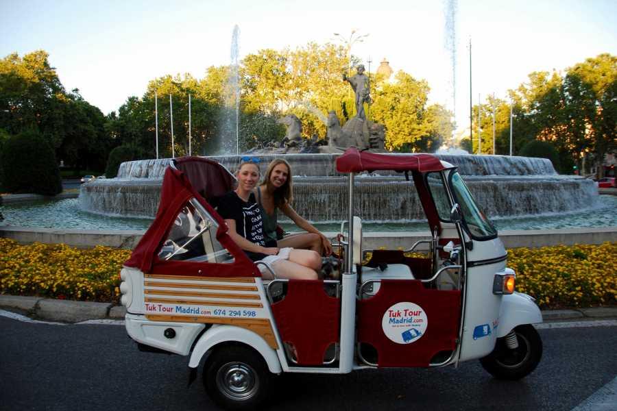 Urban Safari Tours Tuk Tuk: Day rent