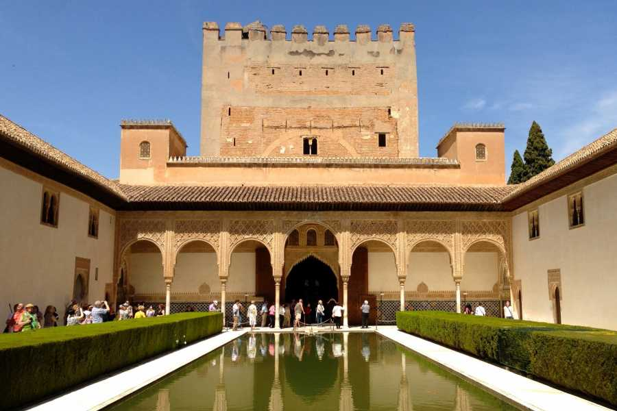 NHUE ALHAMBRA & GENERALIFE PREMIUM GUIDED-TOUR
