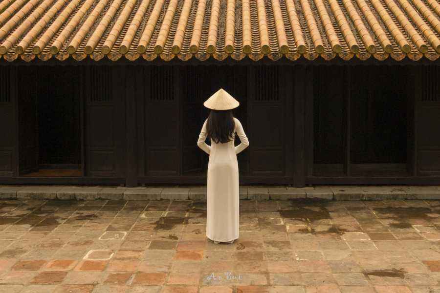 Viet Ventures Co., Ltd Photo tour Hoi An - Hue 3 days