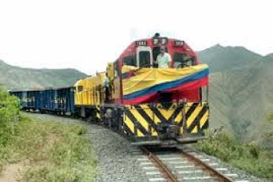 Medellin City Tours SENSATIONAL STEAM TRAIN TO ZIPAQUIRA