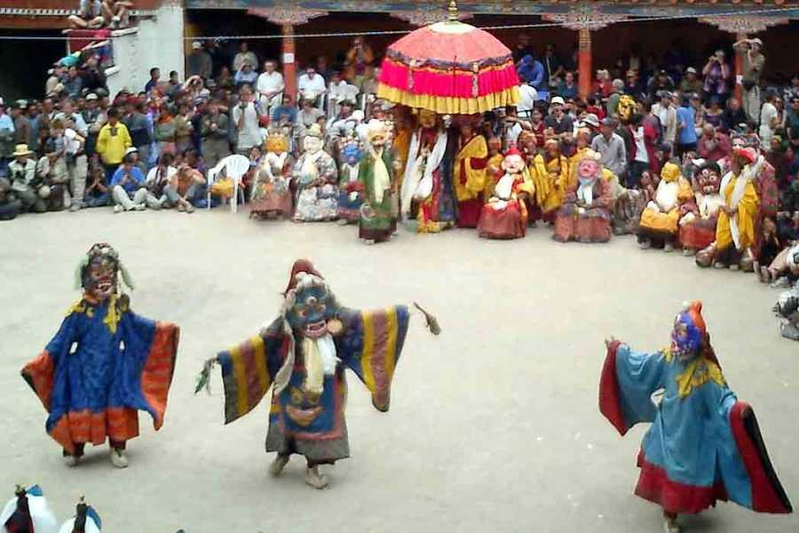 Walkbout International LLC Culture & History - India: Roof of The World - Ladakh With Hemis 14 Days ( inc Festival Dates: July 03 & 04)