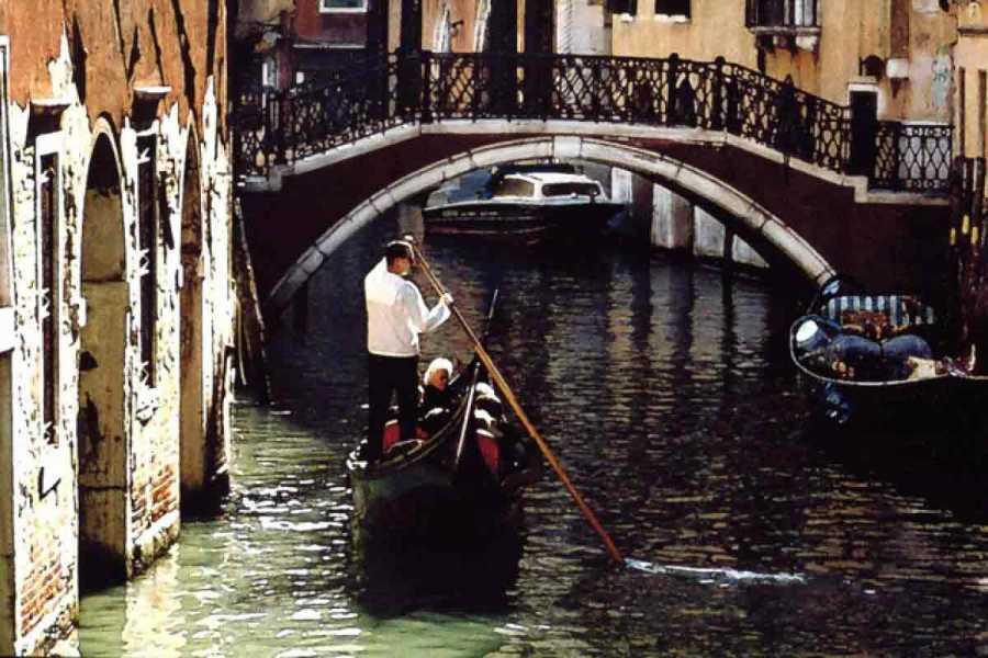 Venice Tours srl Falling in love in Venice. viator1