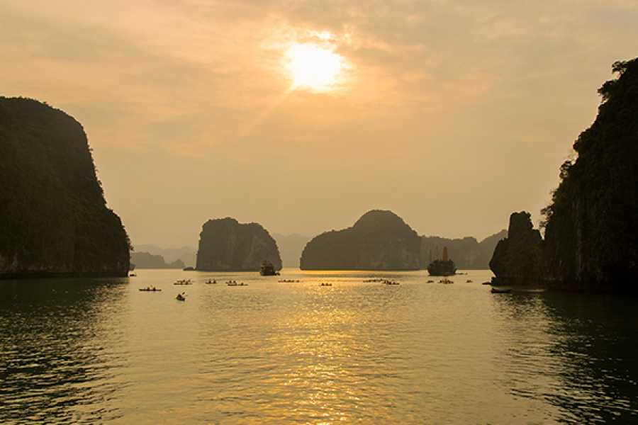 Viet Ventures Co., Ltd Ha Long Bay tour 2 days by shuttle bus from Hanoi