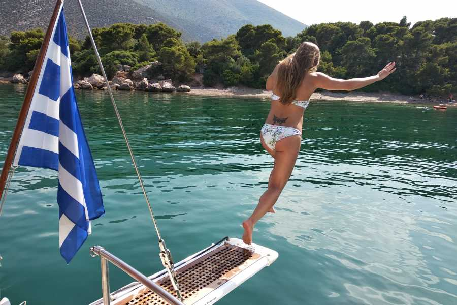 Evia Adventure Tours Sailing / Full Day cruise to North Evian Gulf