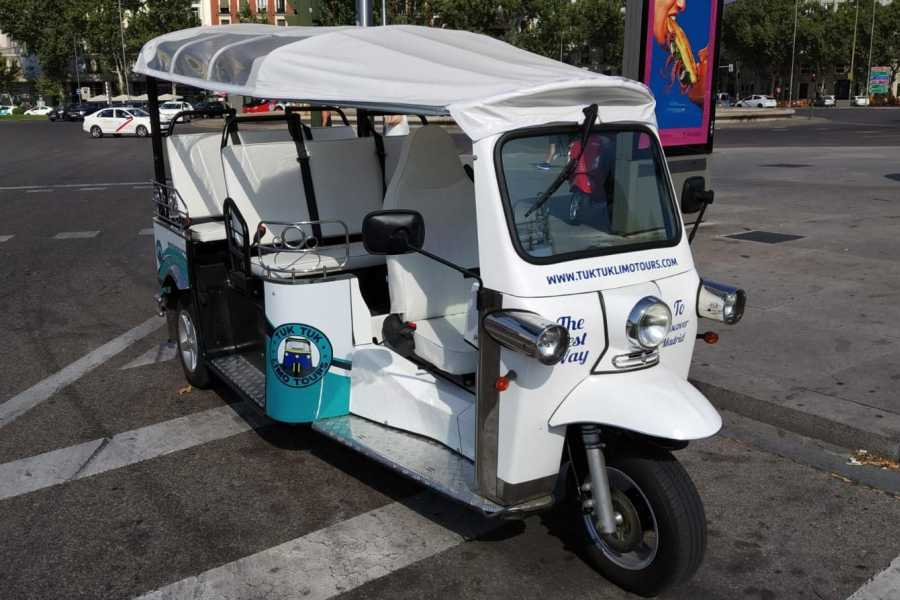 Urban Safari Tours Tuk Tuk : Malasaña Tour