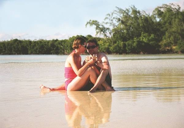 Romantic Honeymooners Speedboat Trip