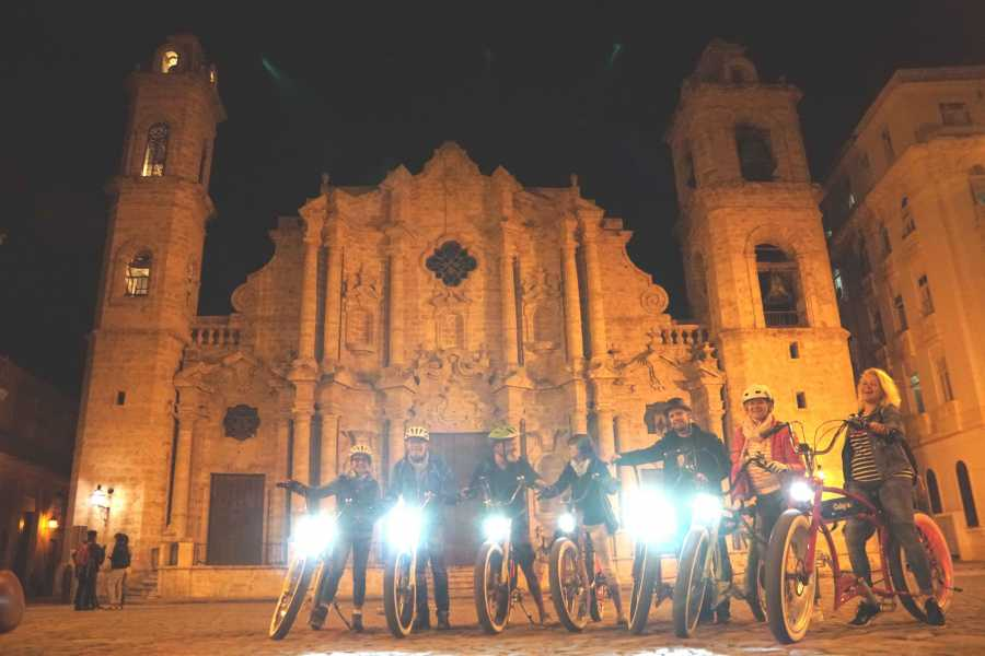 Cubyke Travel Havana by night - PRIVATE