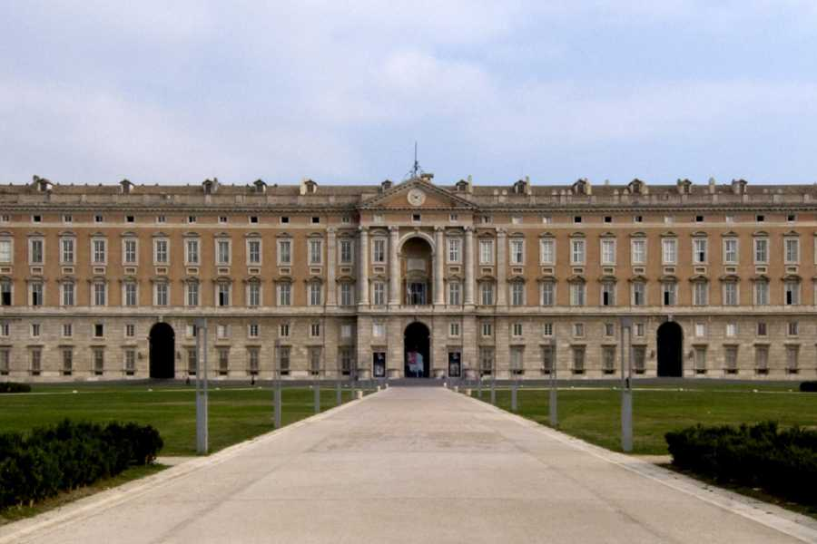 Di Nocera Service Caserta Royal Palace & La Reggia Shopping SpreeTour from Sorrento