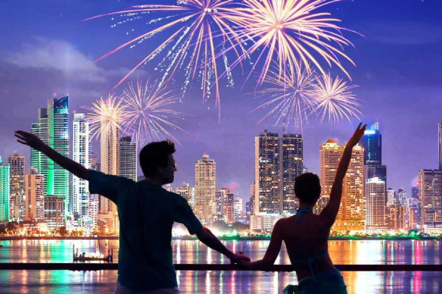 Canal & Bay Tours Fiesta de Año Nuevo - Paseo por la Bahia