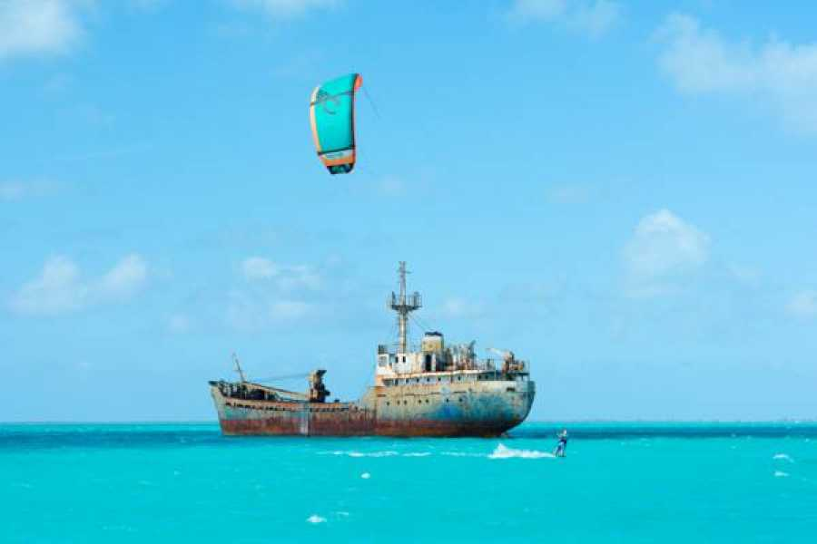 Kite Provo & SUP Provo Kiteboarding Adventure Trips - Kite the Pirate Ship