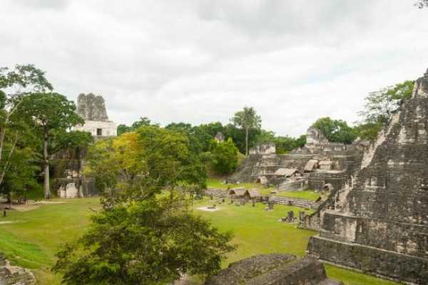 07:30 Tikal from Flores (hotels or airport)