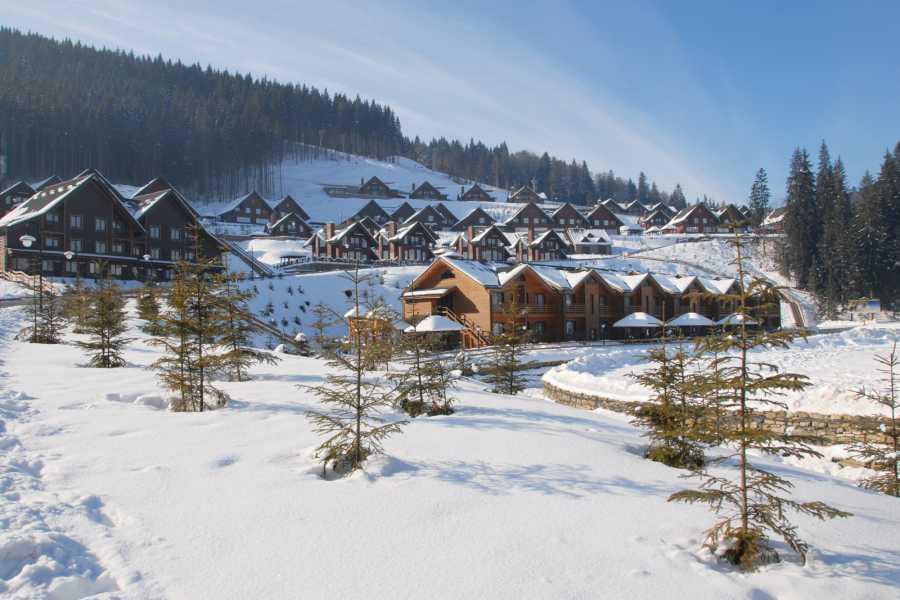 Aventour Skiing in Yablunytsia