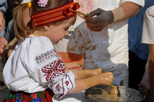 12 Days Craft Expedition in West Ukraine