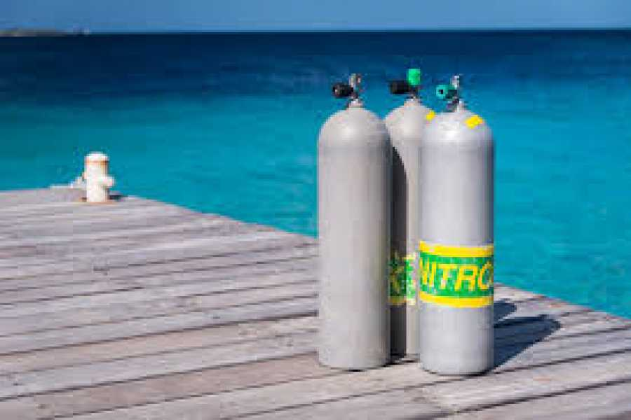 Jan Thiel Diving Ongelimiteerde Nitrox Tanks pakket