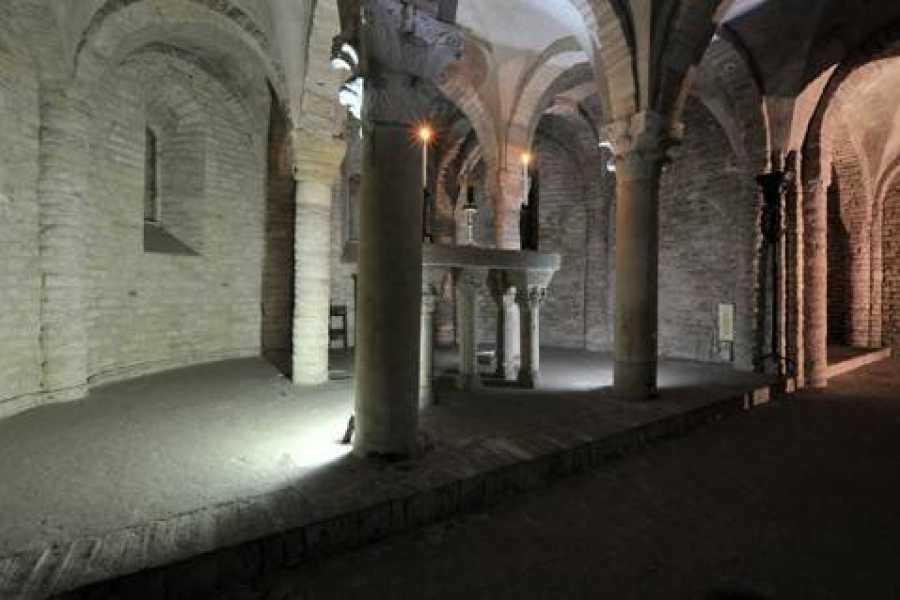 Bologna Welcome - Succede solo a Bologna THE CRYPTS OF BOLOGNA