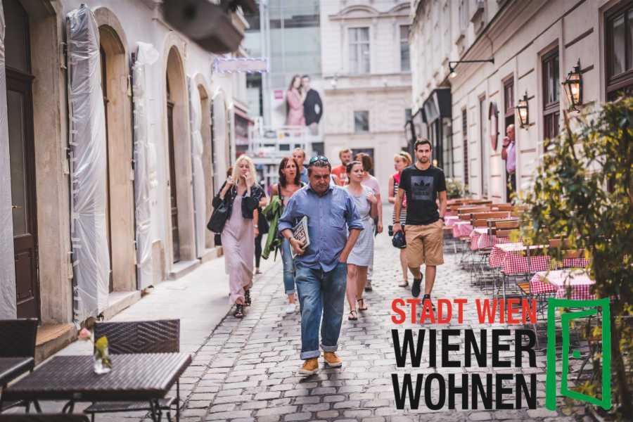 SHADES TOURS SHADES TOURS Tour: Obdachlosigkeit - Heldenplatz