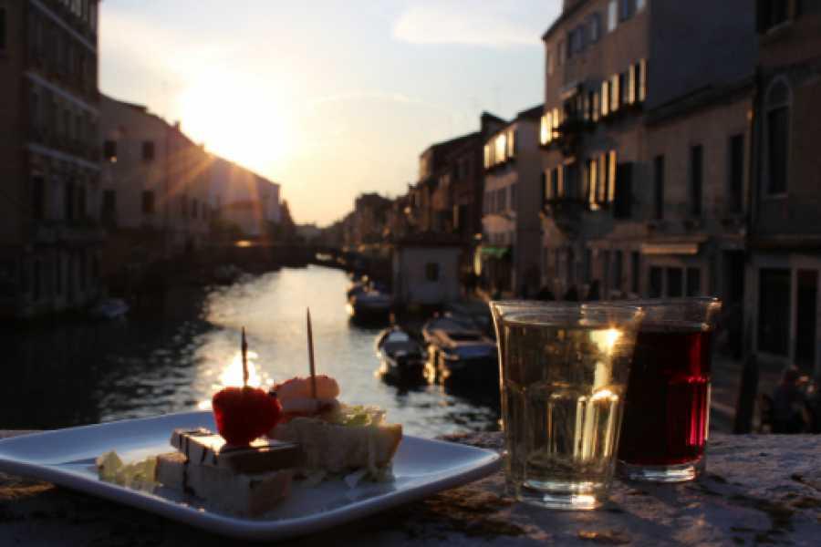 Italian Event Better CICCHETTI AND WINE IN VENICE - ANDA