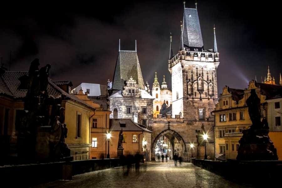 Turistico s.r.o. Private Tour Prague at night