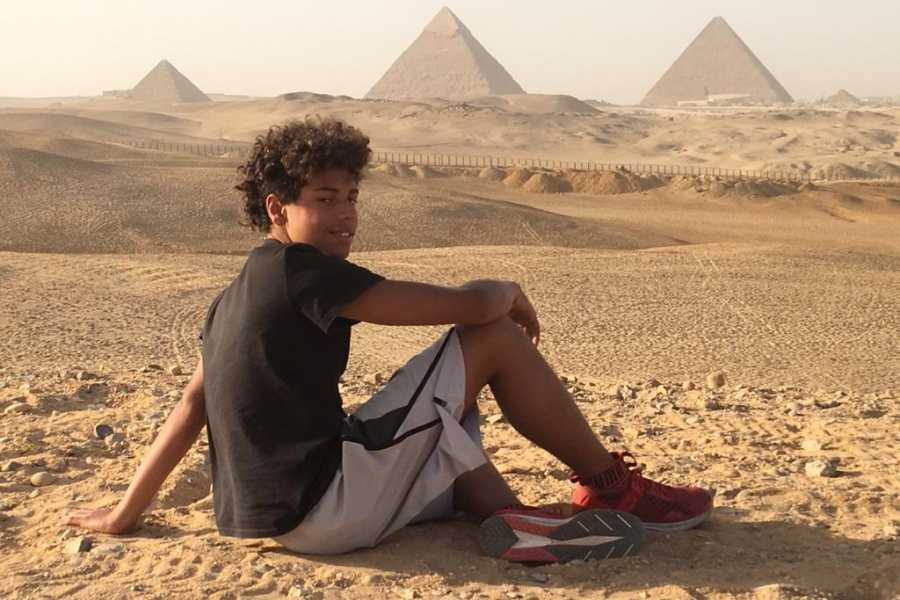 EMO TOURS EGYPT Giza Pyramids and Sphinx Day Tour including Lunch from Cairo