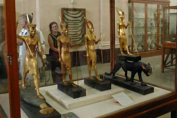 EMO TOURS EGYPT Half day guided trip to Egyptian Museum