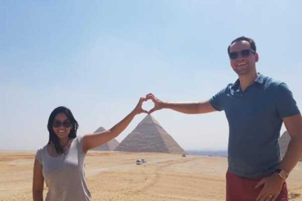 EMO TOURS EGYPT CAIRO LAYOVER EXCURSION TO GIZA PYRAMIDS SPHINX COPTIC CAIRO and BAZAAR