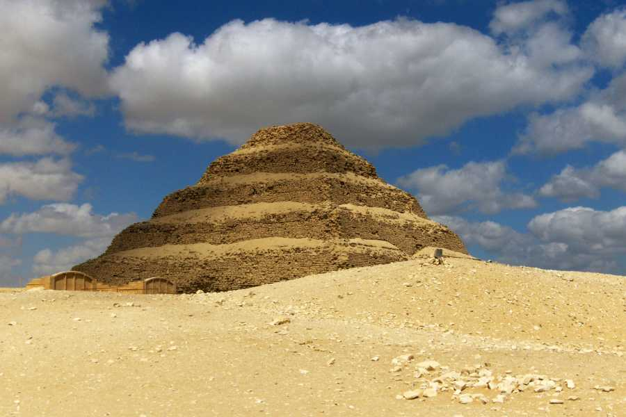 EMO TOURS EGYPT Day Tour to Giza Pyramids, Memphis, and Dahshur
