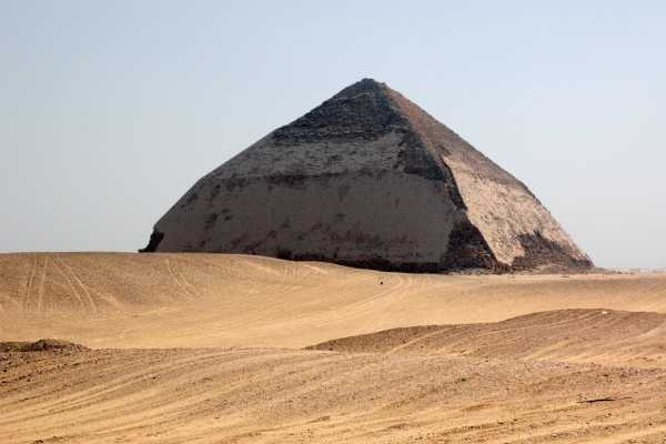EMO TOURS EGYPT Full day tour to Giza Pyramids, Sakkara & Dahshur with private guide