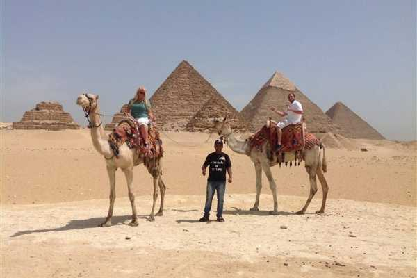 EMO TOURS EGYPT Full day trip to great pyramids Sphinx Egyptian Museum and Nile boat ride