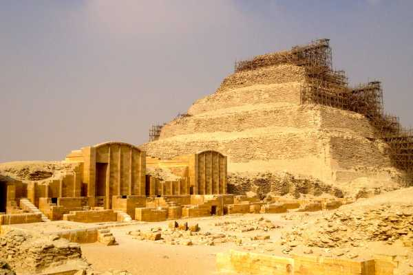 EMO TOURS EGYPT Layover trip to Giza pyramids Sphinx Memphis Sakkara and boat ride on the Nile