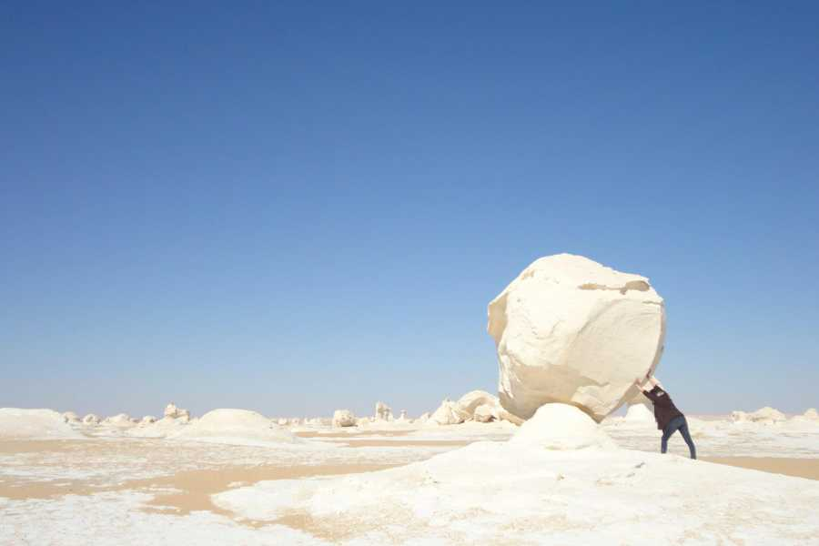 EMO TOURS EGYPT OVERNIGHT TOUR TO BAHARIYA OASIS VISIT BLACK AND WHITE DESERT FROM CAIRO