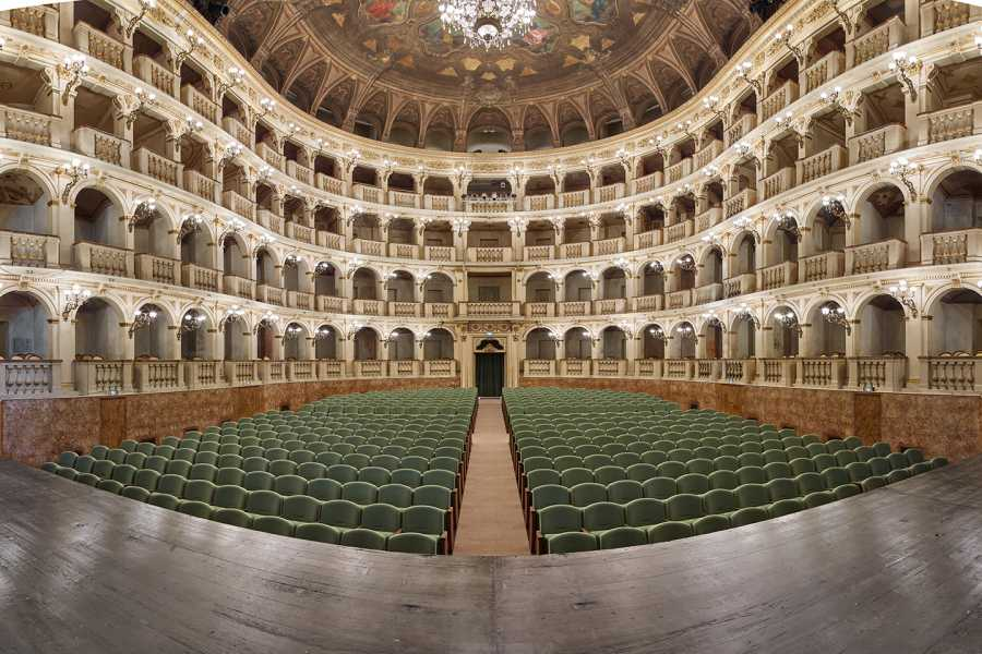 Bologna Welcome - Teatro Comunale DISCOVER TEATRO COMUNALE: GUIDED TOUR AND CONCERT