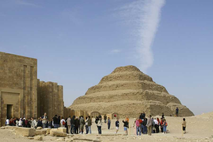 EMO TOURS EGYPT Best cairo tours visit to Giza Pyramids