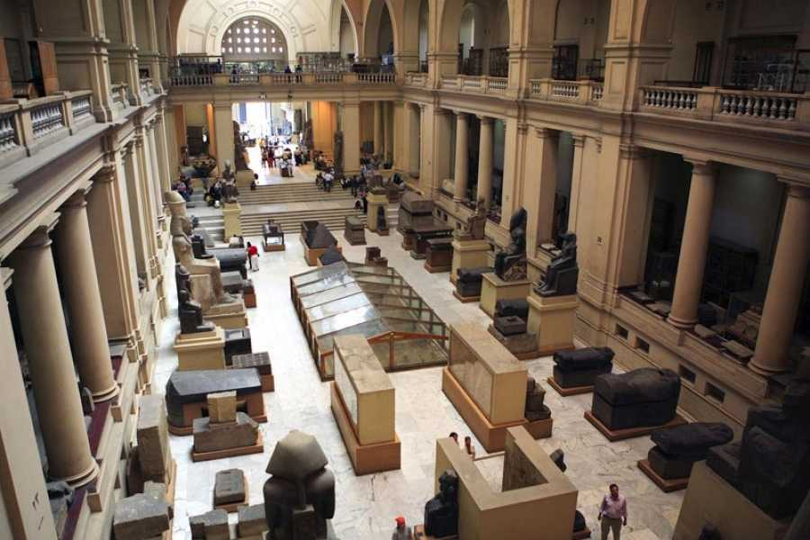 EMO TOURS EGYPT Cairo private guided day tour to Egyptian Museum