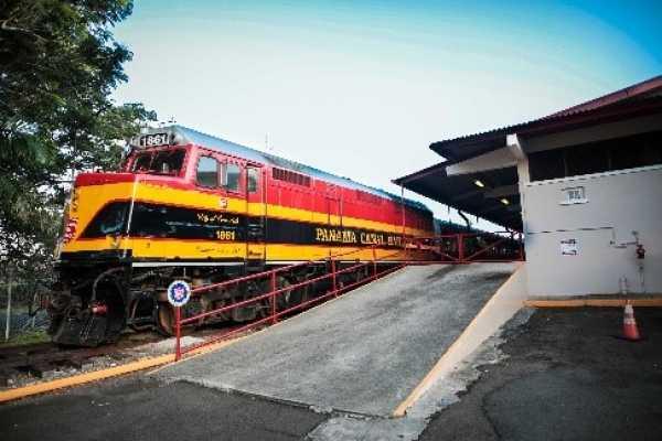 Aventuras 2000 Train, Portobelo and Expansion