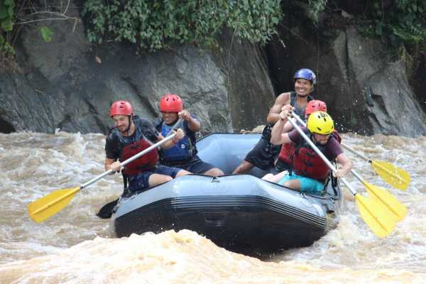 10 km. Rafting Adventure on Mae Taeng River