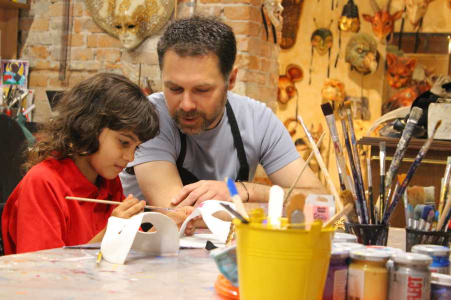 Italian Event Better MASK MAKING WITH YOUR FAMILY - RESIDENCE VILLAGE