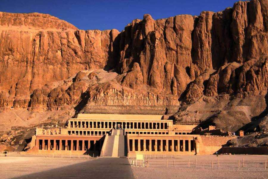 Marsa alam tours Luxor two days trip from Safaga Port