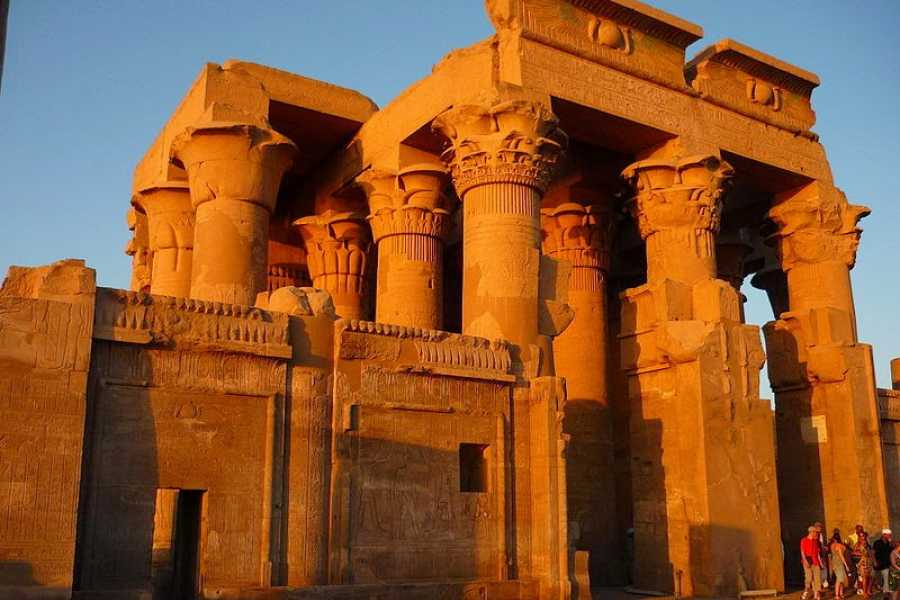 EMO TOURS EGYPT Edfu and Kom Ombo Temples Private Tour From Luxor with Lunch