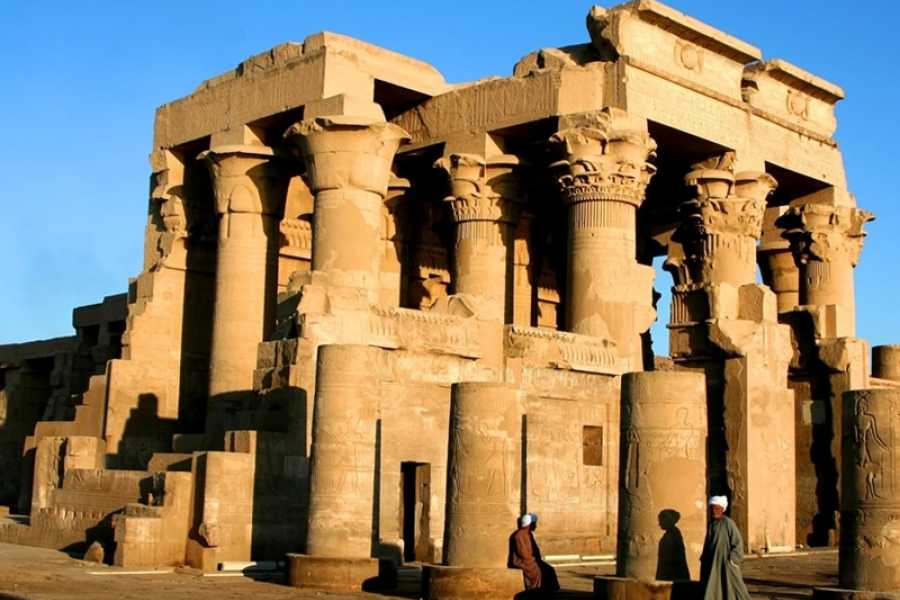 EMO TOURS EGYPT Private Day Trip to Kom Ombo and Edfu Temples from Aswan