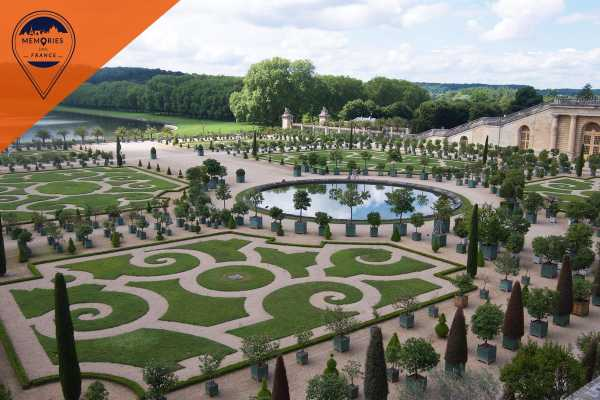 Memories DMC France Versailles Palace and Gardens full day Tour with Gourmet Lunch