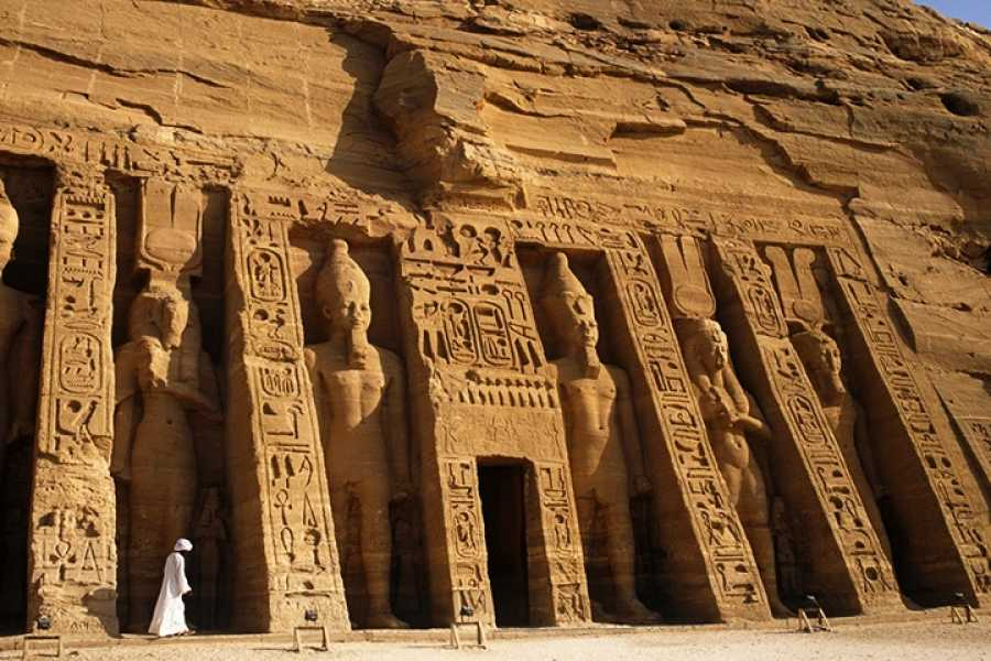 EMO TOURS EGYPT Book 3 Days 2 Nights Cairo Luxor and Aswan and Abu Simple by round flight