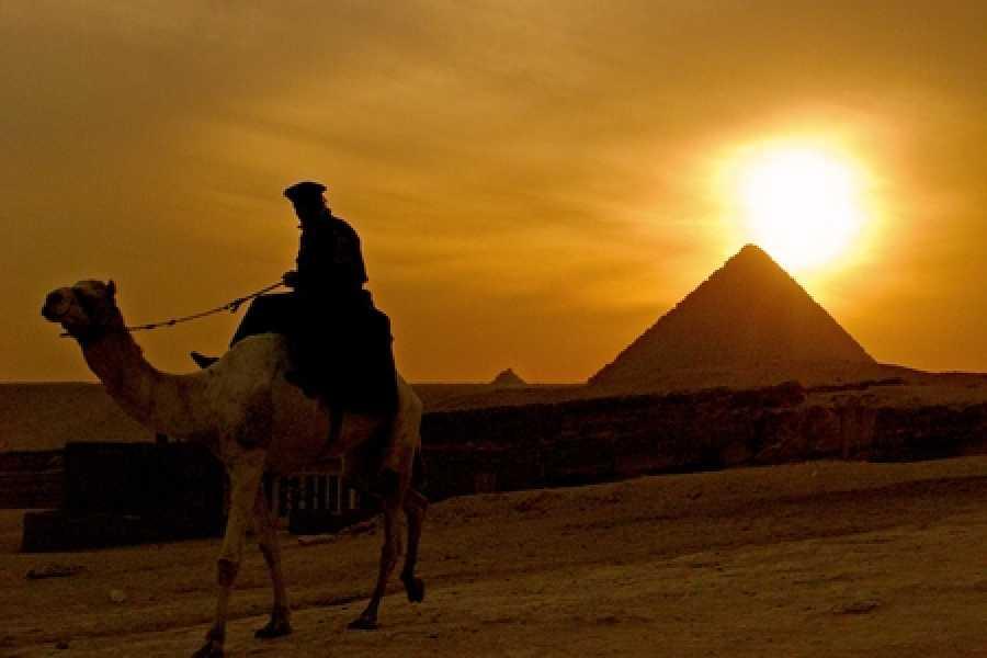 EMO TOURS EGYPT Camel Ride at Giza Pyarmids During Sunset