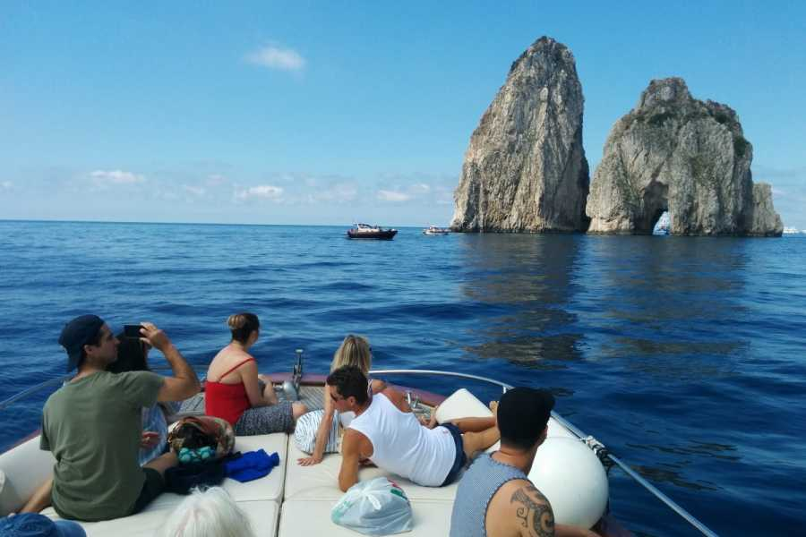 HP Travel Capri Boat Experience from Rome
