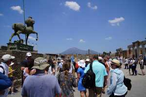 Ruins of Pompeii: Guided walking tour with Skip the line ticket